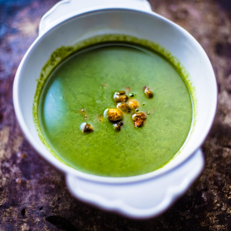 Watercress soup and chickpeas